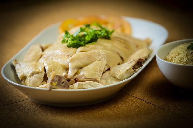海南鸡饭曾被美国CNN Go旅游网站推选为全球50大美食之一。